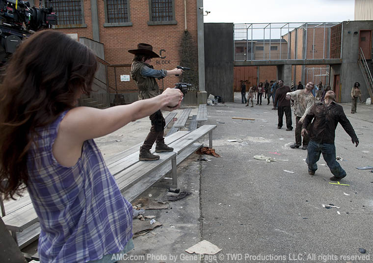 Sarah Wayne Callies (Lori Grimes) and Chandler Riggs (Carl Grimes) in Episode 4 of The Walking Dead
