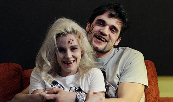 Photos – Zombie Couple From <em>The Walking Dead</em> Windows 8 Promo