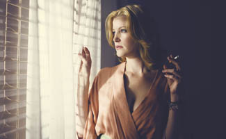 Anna Gunn Joins <em>THR</em> Emmy Roundtable; <em>USA Today</em>, <em>TheWrap</em> Applaud <em>Breaking Bad</em>