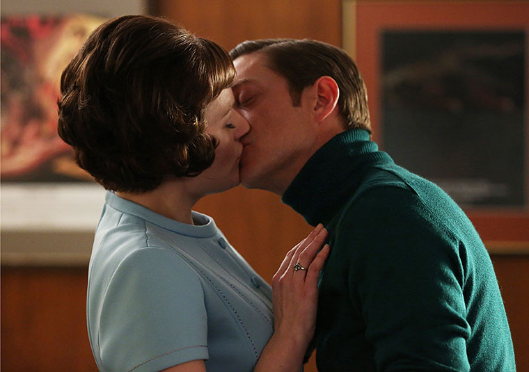 Peggy Olson (Elisabeth Moss) and Ted Chaough (Kevin Rahm) in Mad Men