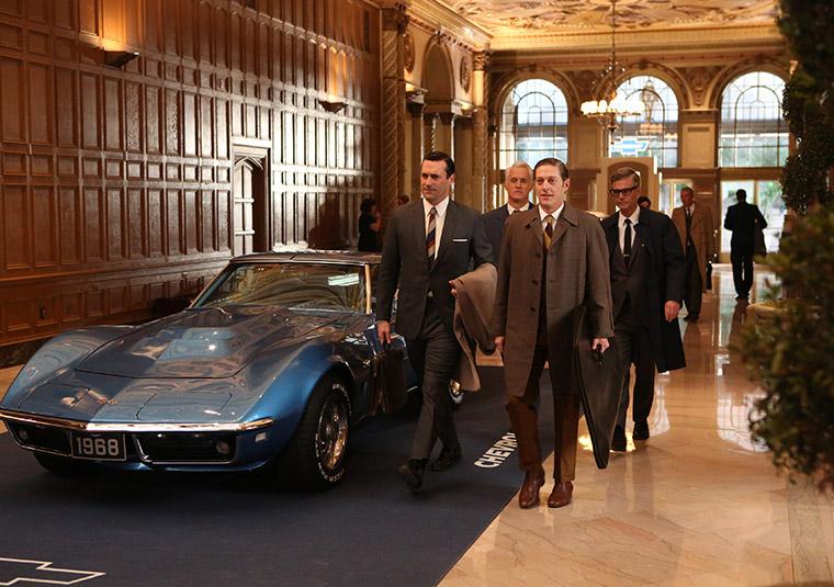 Don Draper (Jon Hamm), Roger Sterling (John Slattery), Ted Chaough (Kevin Rahm) and Jim Cutler (Harry Hamlin) in Mad Men