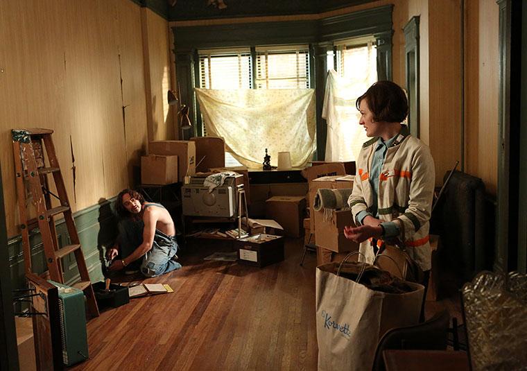 Abe Drexler (Charlie Hofheimer) and Peggy Olson (Elisabeth Moss) in Mad Men