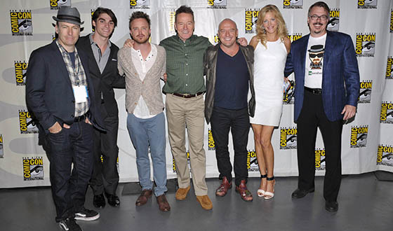 <em>Breaking Bad</em> Cast and Creator Thrill Comic-Con Fans at Packed Panel