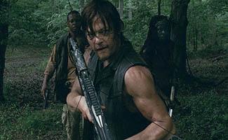 <em>EW</em> Checks Out Walker Lori Deleted Scene; Gale Anne Hurd on <em>The Walking Dead</em> as Mini Movie