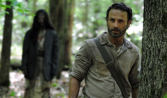 <i>The Walking Dead</i> Season 4 Premiere Breaks Series Record With 16.1 Million Viewers