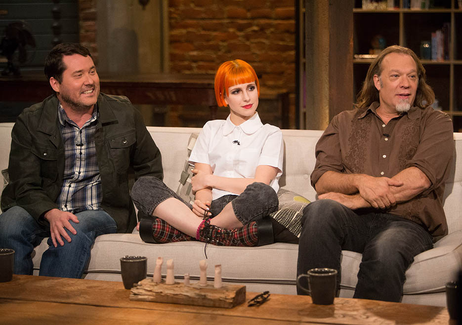 Doug Benson, Hayley Williams and Greg Nicotero (The Walking Dead Executive Producer, Special FX Makeup Designer) in Episode 2 of The Talking Dead