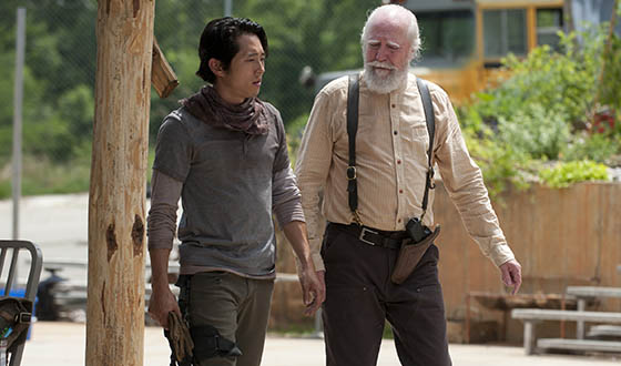 "<em>People</em> Declares Steven Yeun Sexy Man of the Week; Robert Kirkman Talks ""Isolation"""