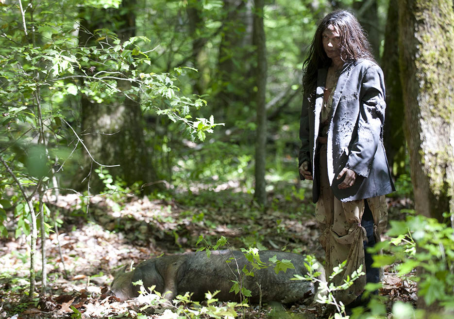 Clara (Kerry Condon) in Episode 1 of The Walking Dead