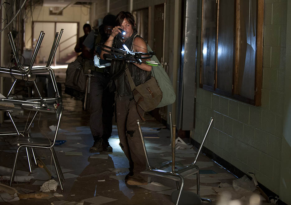 Tyreese (Chad L. Coleman) and Daryl Dixon (Norman Reedus) in Episode 4 of The Walking Dead