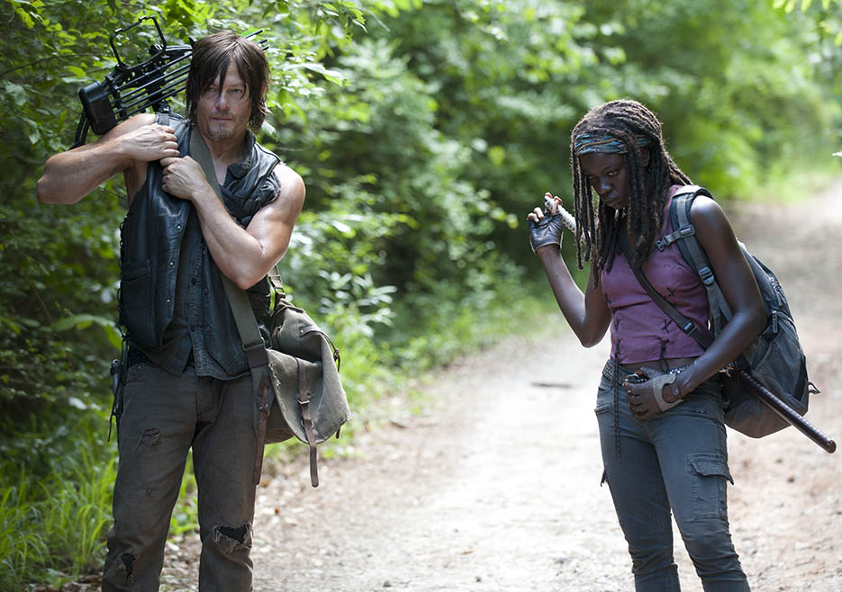 Daryl Dixon (Norman Reedus) and Michonne (Danai Gurira) in Episode 4 of The Walking Dead