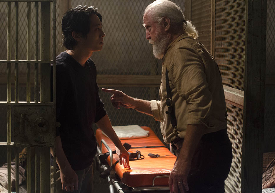 Hershel Greene (Scott Wilson) and Glenn Rhee (Steven Yeun) in Episode 5 of The Walking Dead