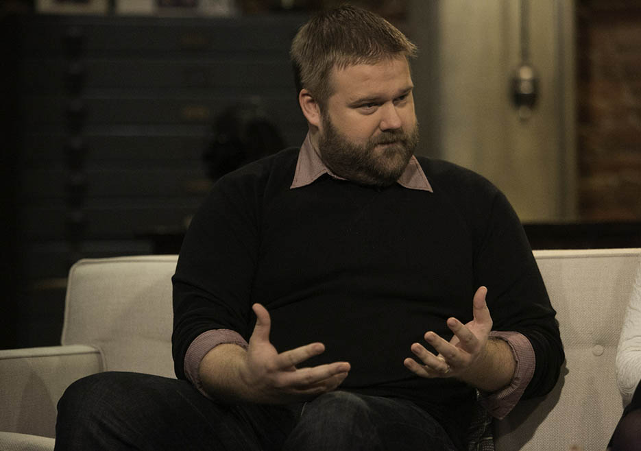 Robert Kirkman (The Walking Dead Executive Producer, Writer) in Episode 8 of The Talking Dead