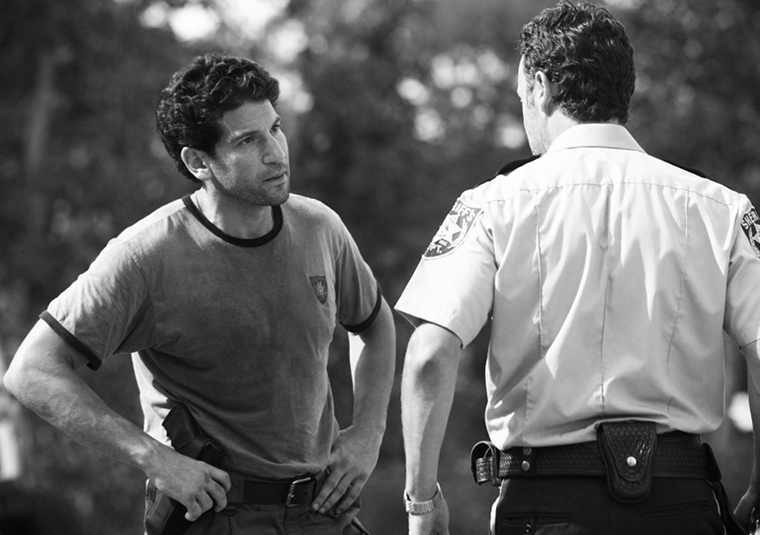 Shane Walsh (Jon Bernthal) and Rick Grimes (Andrew Lincoln) in Episode 3 of The Walking Dead