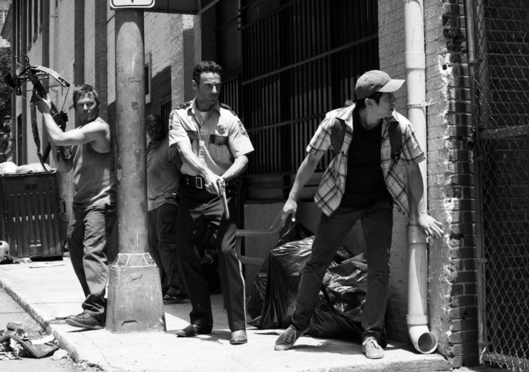 Daryl Dixon (Norman Reedus), Rick Grimes (Andrew Lincoln) and Glenn Rhee (Steven Yeun) in Episode 3 of The Walking Dead