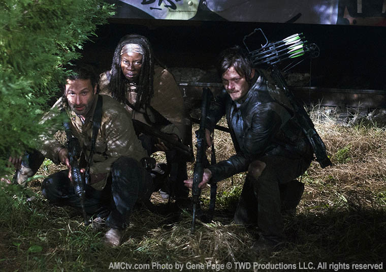 Rick Grimes (Andrew Lincoln), Michonne (Danai Gurira) and Daryl Dixon (Norman Reedus) in Episode 16 of The Walking Dead
