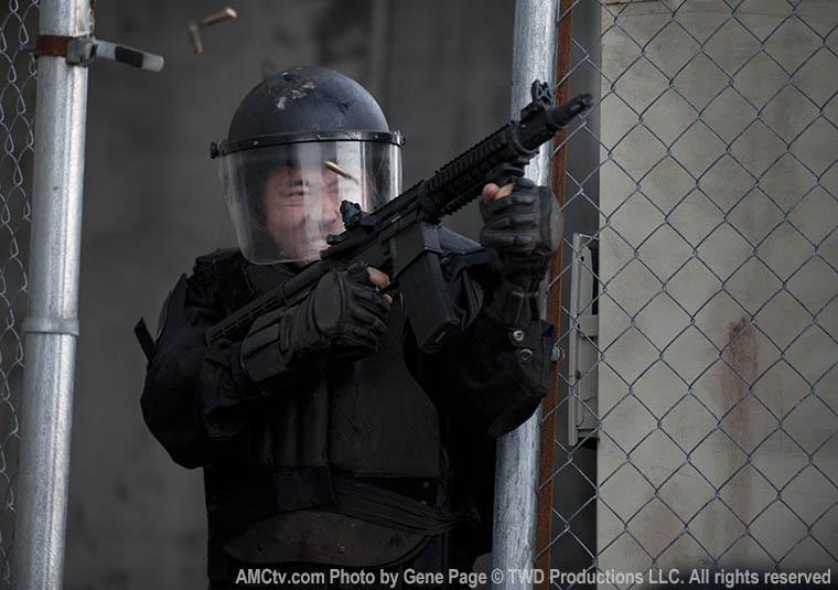 Glenn Rhee (Steven Yeun) in Episode 16 of The Walking Dead