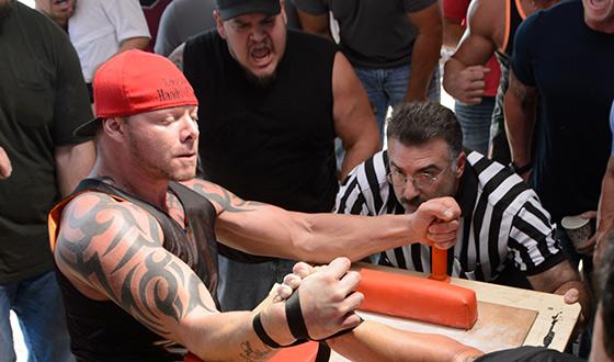 <em>Esquire</em> Checks Out <em>Game of Arms</em>; <em>TheWrap</em> Catches Paul Rudd, Adam Scott Arm Wrestling
