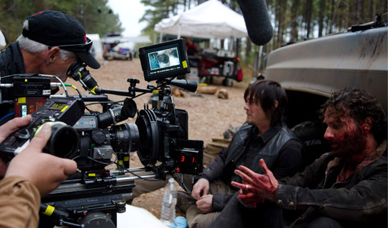 Behind the Scenes Photos From <em>The Walking Dead</em> Season 4