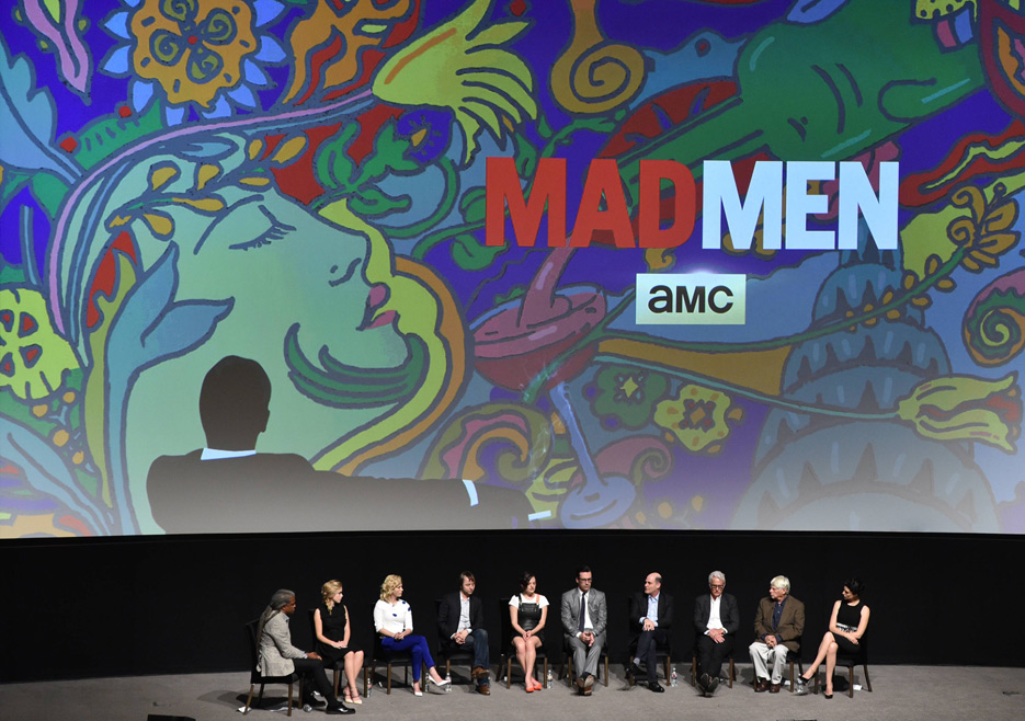 Kiernan Shipka (Sally Draper), January Jones (Betty Francis), Vincent Kartheiser (Pete Campbell), Elisabeth Moss (Peggy Olson), Jon Hamm (Don Draper), Matthew Weiner (Series Creator and Executive Producer), John Slattery (Roger Sterling), Robert Morse (Bert Cooper), and Jessica Pare (Megan Draper) from Mad Men