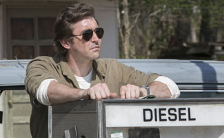 halt-and-catch-fire-110-joe