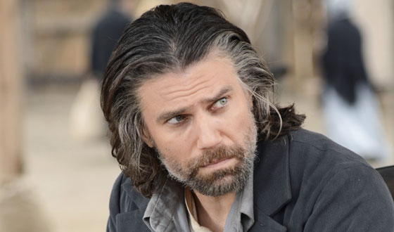 Anson Mount Takes <em>EW</em> Pop Culture Test; John Wirth Discusses Cheyenne Setting