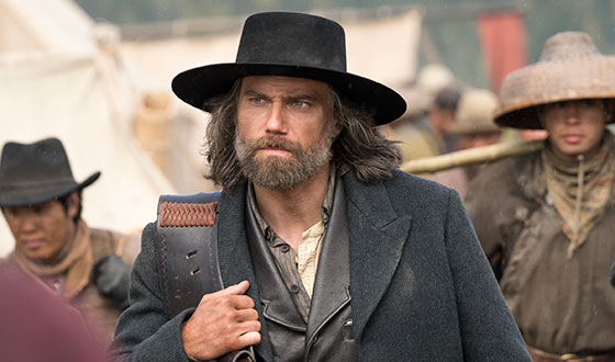 Anson Mount Shares Jon Hamm's Advice; <em>TV Fanatic</em> Ready for Season 5