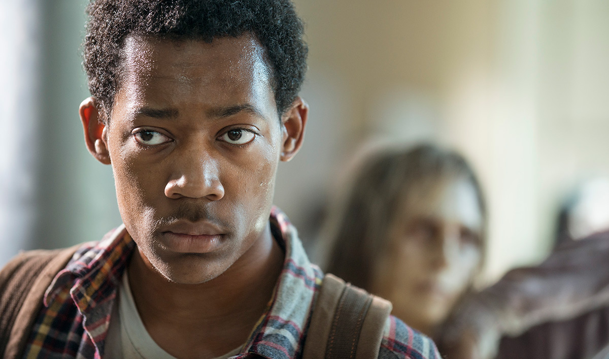 Steven Yeun, Tyler James Williams Discuss Noah's Demise; <em>E! Online</em> Ranks <em>Dead</em>'s Deaths
