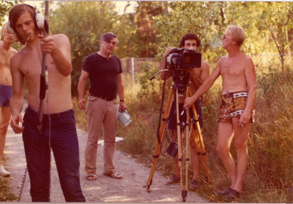 THE SARNOS – A LIFE IN DIRTY MOVIES