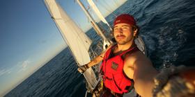 Twenty Eight Feet Life On A Little Wooden Boat Doc Nyc