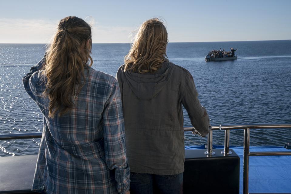 Alicia Clark (Alycia Debnam-Carey) and Madison Clark (Kim Dickens) in Episode 1 Photo by Richard Foreman/AMC