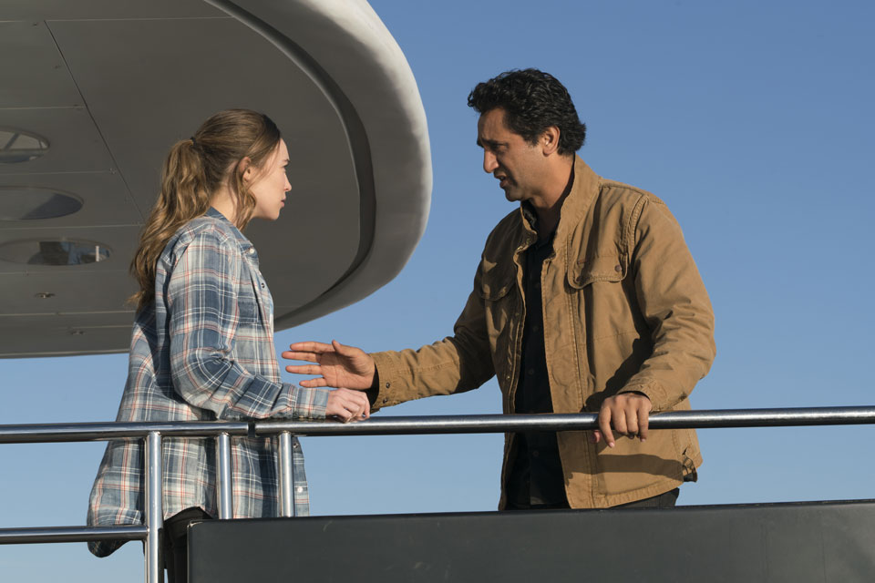 Alicia Clark (Alycia Debnam-Carey) and Travis Manawa (Cliff Curtis) in Episode 1 Photo by Richard Foreman/AMC