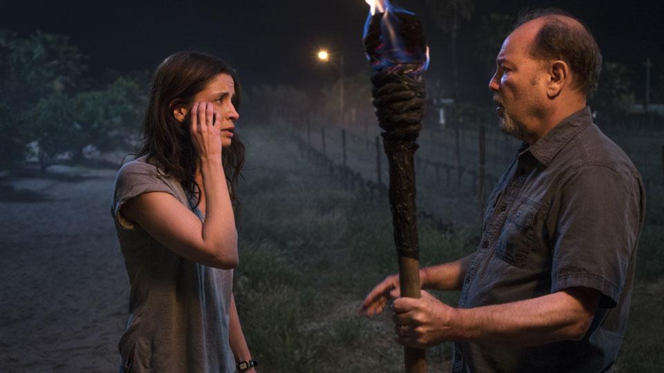 Daniel Salazar (Ruben Blades) y Ofelia Salazar (Mercedes Mason) en Episodio 7 Photo by Richard Foreman/AMC