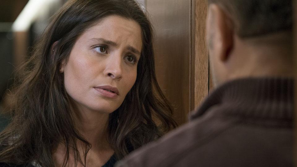 Ofelia Salazar (Mercedes Mason) y Daniel Salazar (Ruben Blades) en Episodio 5 Photo by Richard Foreman/AMC