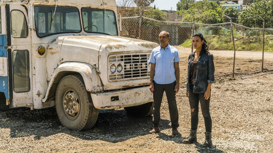 Alejandro (Paul Calderon) y Luciana (Danay Garcia) en Episodio 9 Photo by Richard Foreman/AMC
