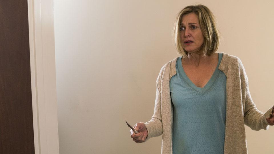 Ilene Stowe (Brenda Strong) en Episodio 12 Photo by Richard Foreman/AMC