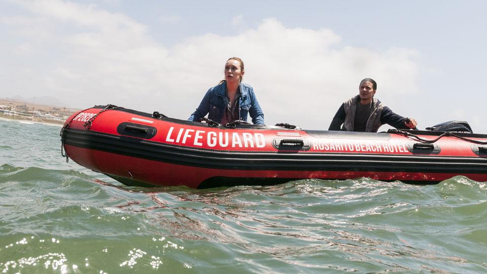 Alicia Clark (Alycia Debnam-Carey) y Hector (Ramses Jimenez) en Episodio 11 Photo by Richard Foreman/AMC