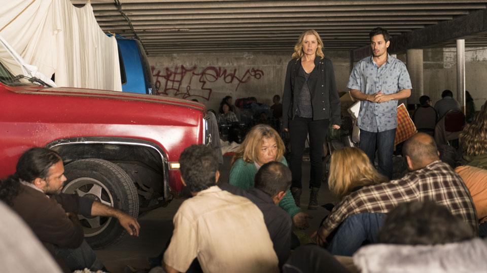 Madison Clark (Kim Dickens) e Andres Diaz (Raul Casso) no Episódio 14 Foto de Richard Foreman/AMC