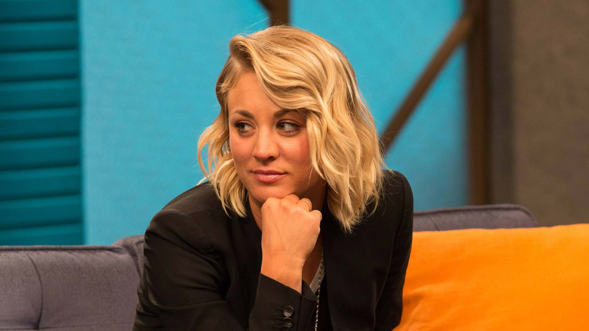 Kaley Cuoco Wears A Black Blazer And Slip On Sneakers Ifc