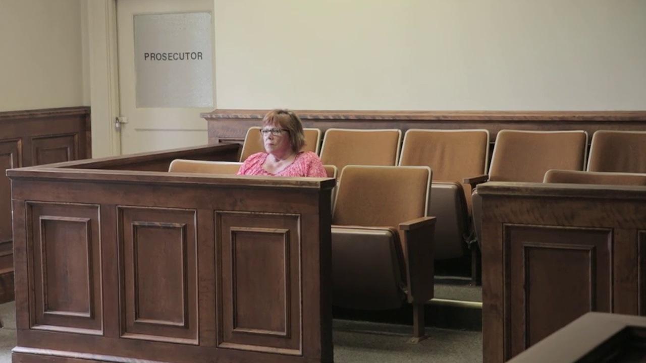 Lindy Lou, Juror Number 2