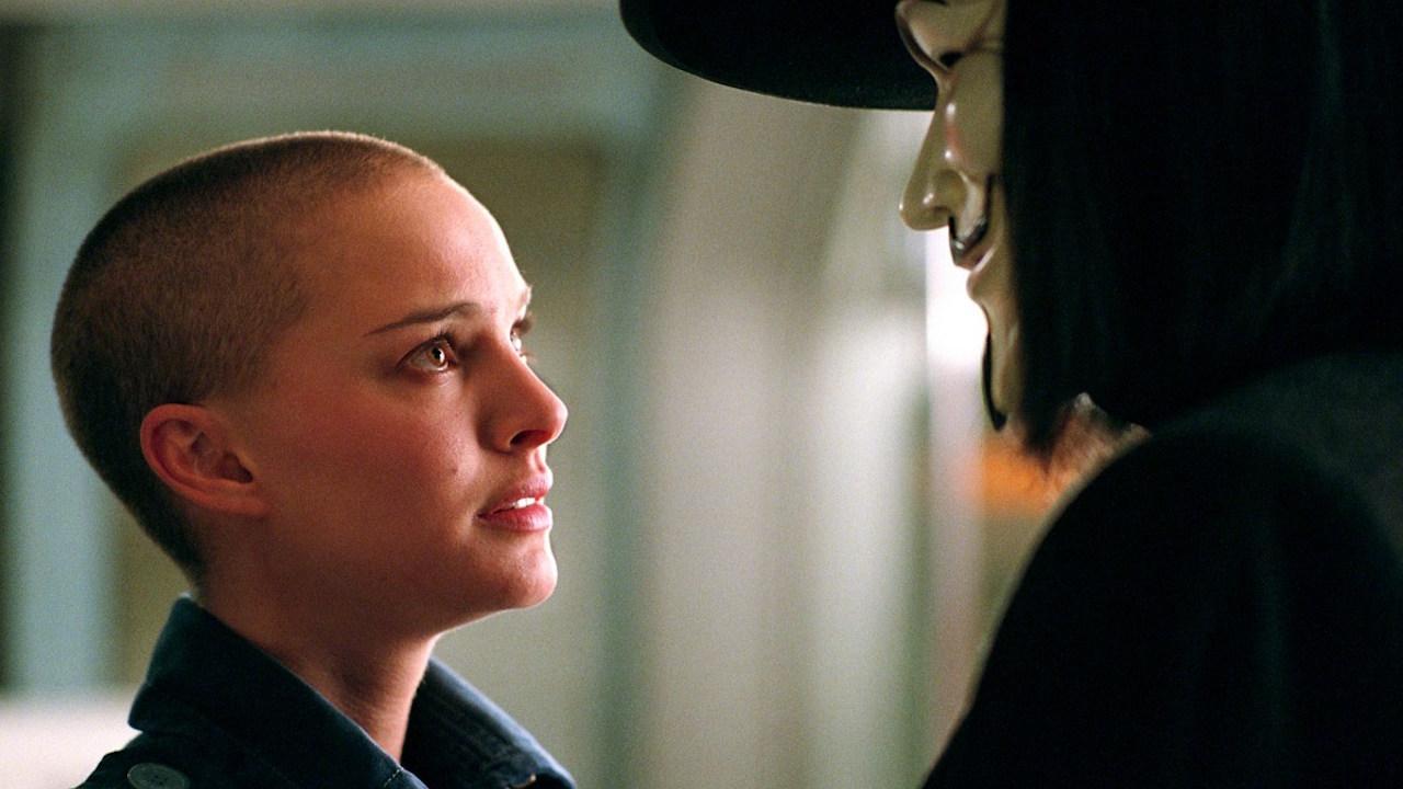 Film Action Terbaik - V FOR VENDETTA(2006)