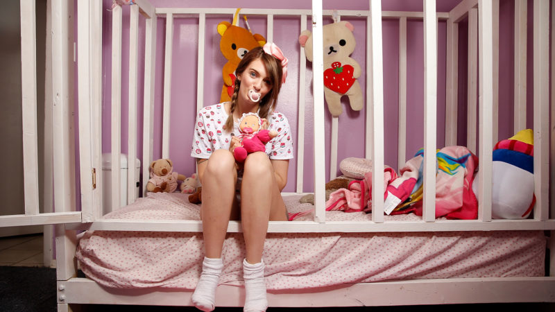 Living As An Adult Baby: EXTREME LOVE